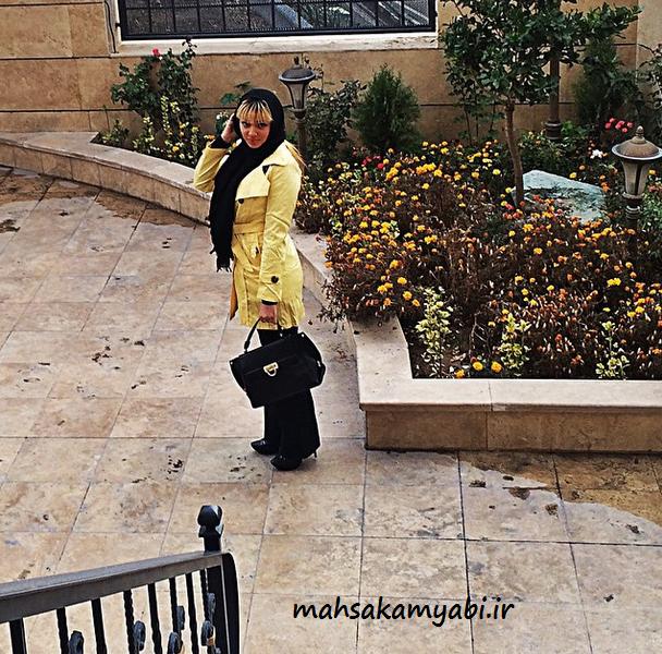 مهسا کامیابی در حیاط +عکس